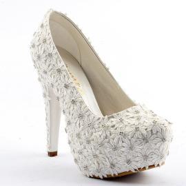 حذاء للعرائس مرتفع (عالي) مغطة بالورود من ماركة (جيمرا) 12,5 سم